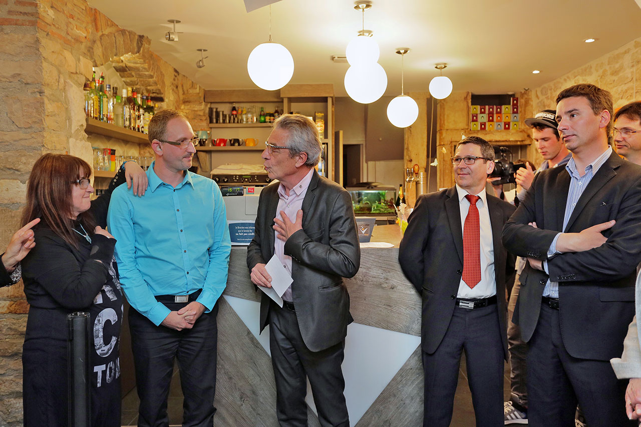 Inauguration du Semeia Bar en la présence de Alain Millot, Maire de Dijon